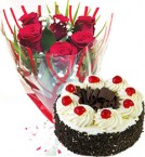 send eggless Black Forest cake  with roses bunch starter combo delivery