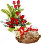 send gift of 500 gms Mixed dry fruits n Roses Bouquet delivery