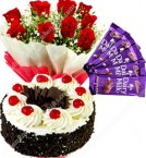 send Half Kg Black Forest Eggless Cake Red Roses Bouquet 5 Chocolates delivery