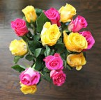 send Pink and Yellow Roses flower bouquet delivery
