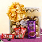 send special chocolate hamper with greeting card delivery