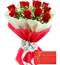 Designer Red Roses Bunch with Greeting Card