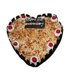 1Kg Heart Shape Eggless Butterscotch Cake