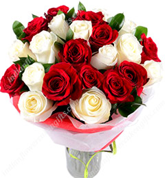 20  Red n White Roses Flower Bouquet