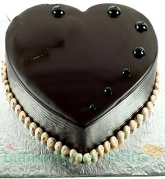 one kg eggless heart shape chocolate truffle cake