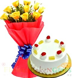Half Kg Eggless Pineapple Cake n Yellow Roses Flower Bouquet