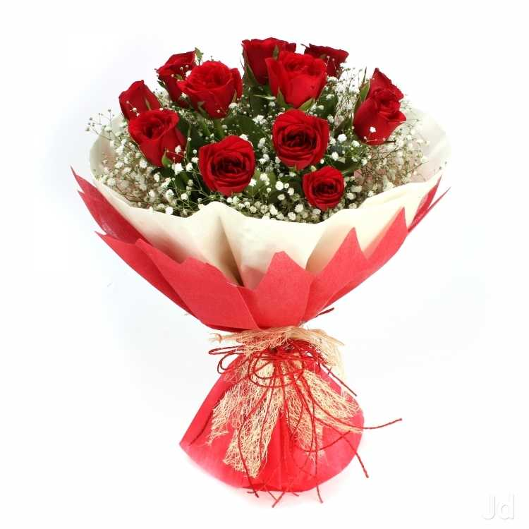 12 fresh Roses Flower Bouquet