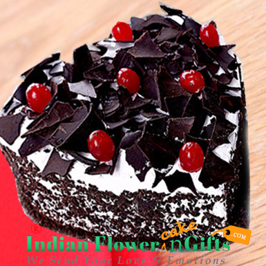 half kg eggless black forest cake heart shape