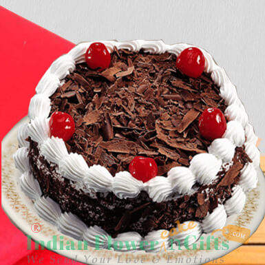half kg eggless black forest cake
